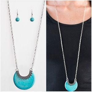 MESA MOON TURQUOISE NECKLACE/EARRING SET